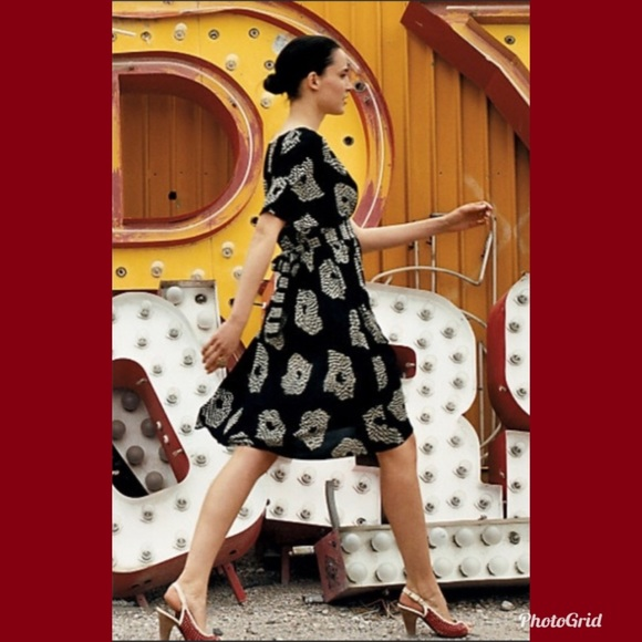 a3584ef0deae Anthropologie Dresses & Skirts - Anthropologie Maple Silk 'UFO' Dress